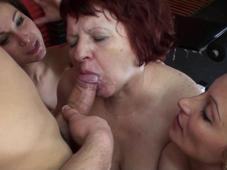 Mature Fabiola W Groupsex