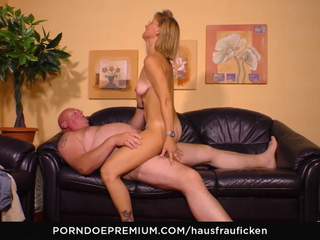 Hausfrau Ficken - Blonde German Granny Wears Glasses While She Cheats With A Blowjob And Fuck
