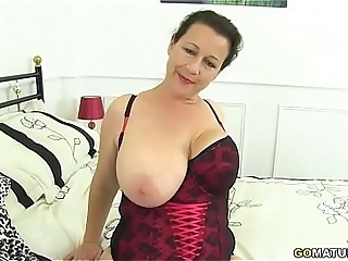 British Housewife Eva Jayne Showing Off Her Big Tits