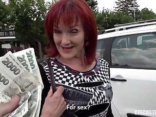 Nasty Hot Mom Fucked For The Cash